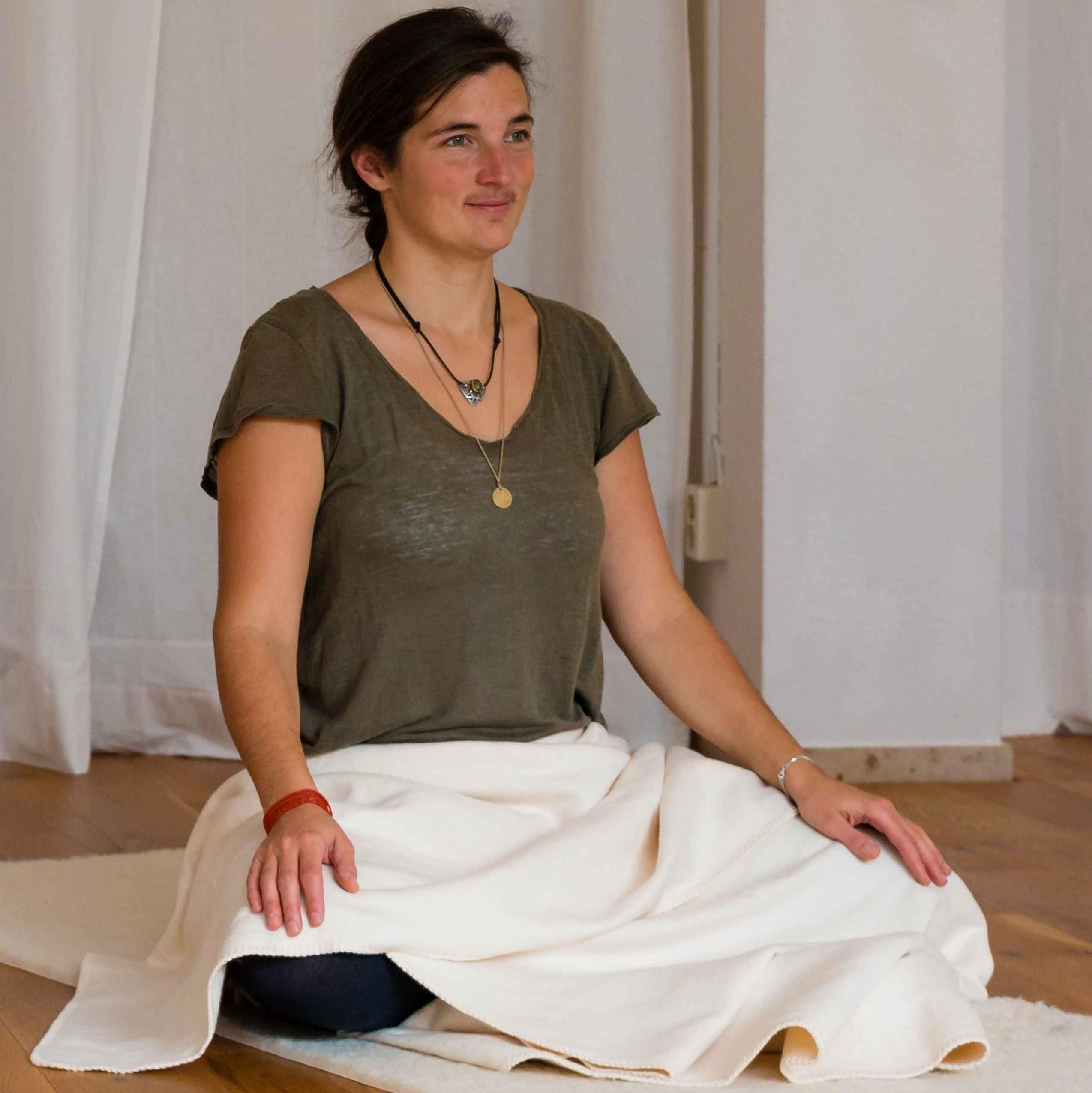 Yoga für Frauen, Schwangere, Mamas nach der Geburt, Geburtsvorbereitung, Rückbildung